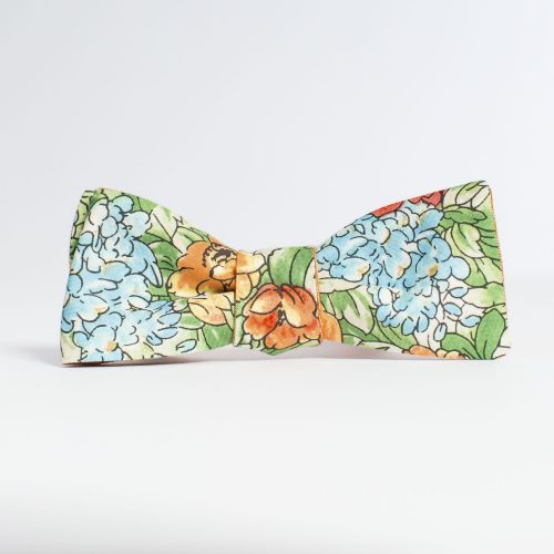 Farmette Floral Paddle Bow Tie